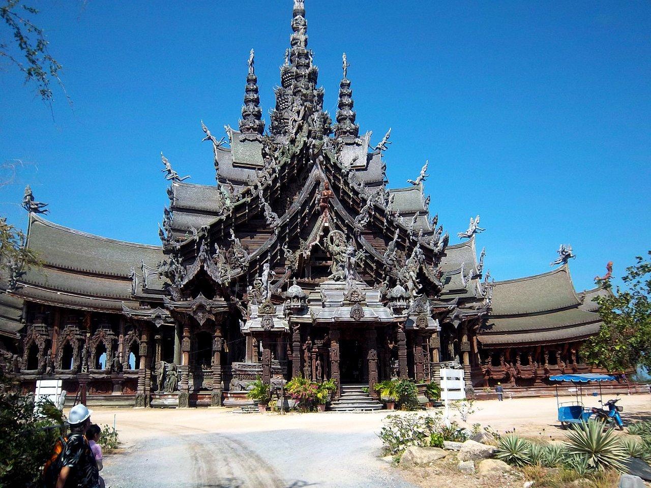 Храм Истины в Паттайе - самый большой деревянный храм в мире