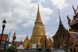 Пагода Пхра СиРатана с прахом Будды