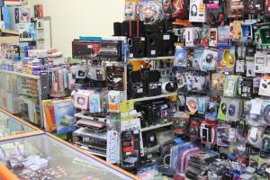 Аксессуары в магазине электроники Пантип Плаза