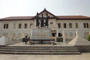 Монумент трем королям в Чиангмай