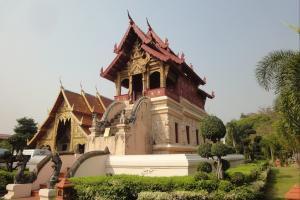 Храм Wat Phra Singh в Чанг Май