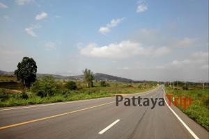 Дорога в окрестностях Чианграй