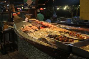 Рыба и другие морепродукты на Пхи-Пхи