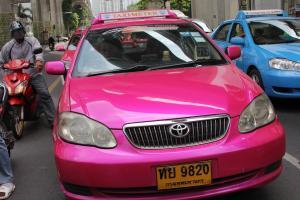 Одно из официальных такси в Бангкоке
