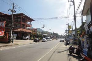 Городок рядом с пляжем Вайт Сенд на острове Ко Чанг