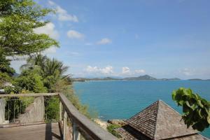 Вид с обзорной площадки на острове Самуи