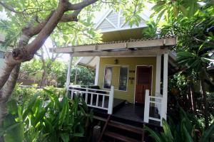 Hillside Bungalow в отеле Cocohut Village Beach Resort