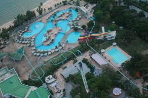 Аквапарк рядом с отелем Паттайя Парк