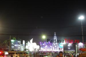 Новый год на пирсе в Паттайе Бали Хай