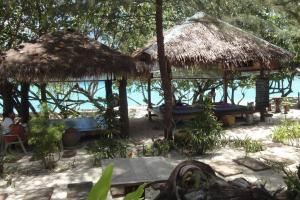 Массаж на пляже Лонг Бич на Пхи-Пхи