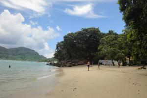 Второй пляж между Тонсай и Лонг Бич