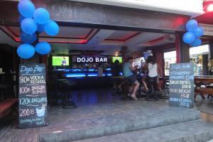 Dojo бар на Пхи-Пхи