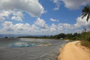 Дорога около водохранилища на Пхи-Пхи