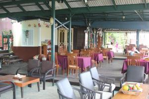 Ресторан в Phi Phi Arboreal Resort