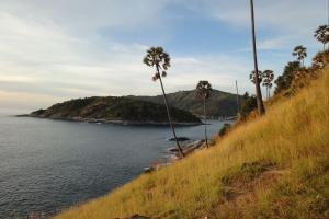 Виды со смотровой площадки на Promthep Cape на Пхукете