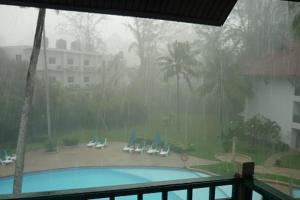 Ливень в сезон дождей на Пхукете