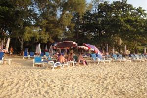 Пляж Януи на Пхукете