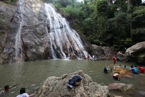 Водопад Namuang