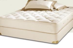 Латексный матрас и подушки