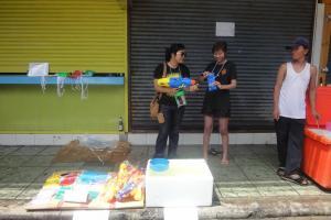 Как я торговал в Сонгкран - день 2