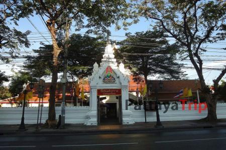 Wat Chana Songkhram в Бангкоке фото