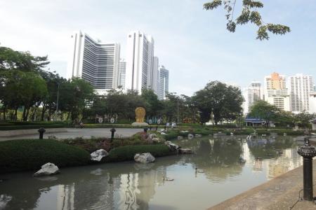Парк Benjasiri в Бангкоке