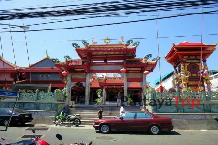 Jui Tui Shrine - китайский храм на Пхукете