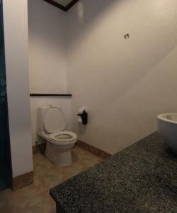 Санузел в отеле Railay Princess Resort