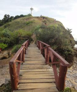 Дорога к маяку