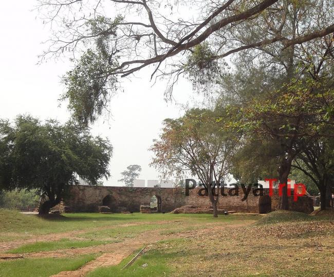 Крепость Pom Phet
