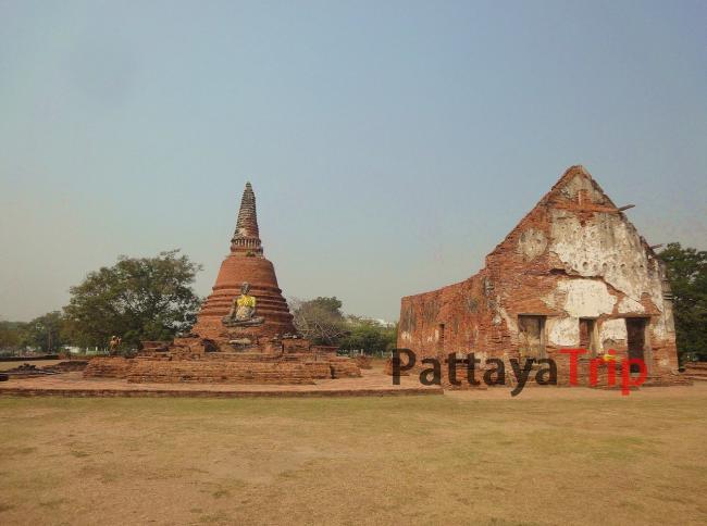 Старый город в Аюттая (Таиланд)