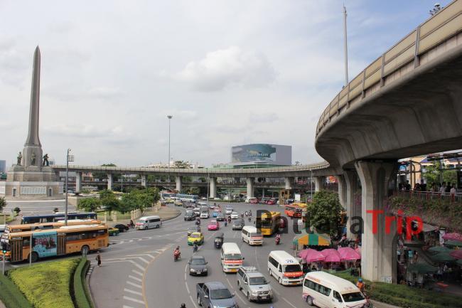 Автовокзал у Victory Monument в Бангкоке