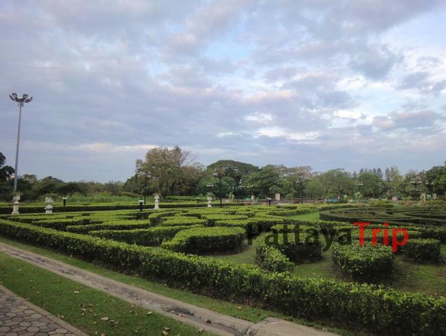 Парк Queen Sirikit в Бангкоке