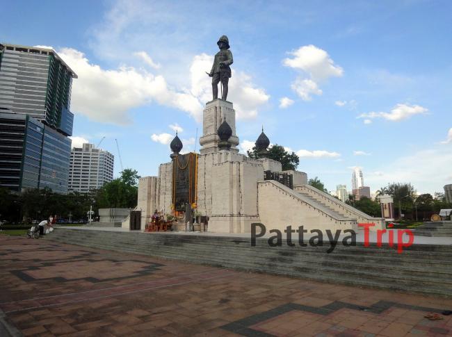 Монумент королю Rama VI