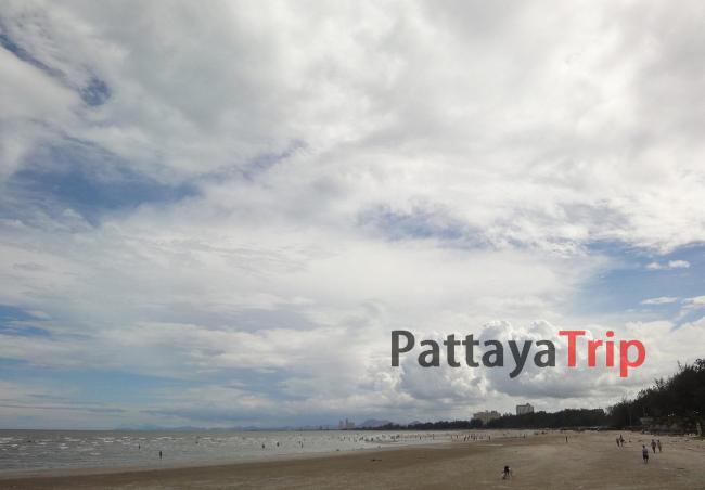 Северная часть пляжа в Ча Ам
