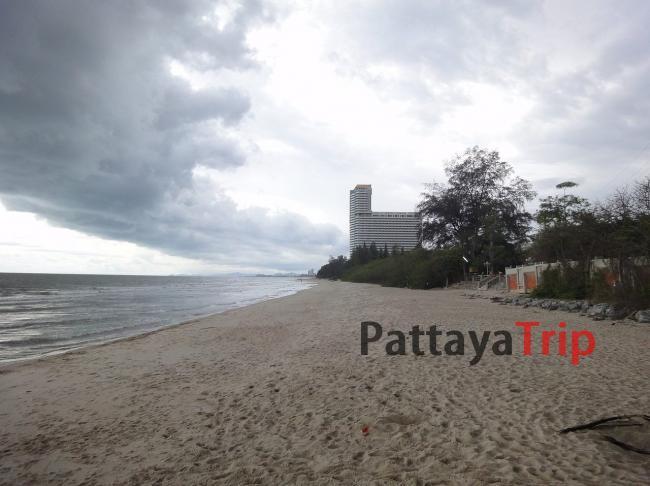 Южная часть пляжа