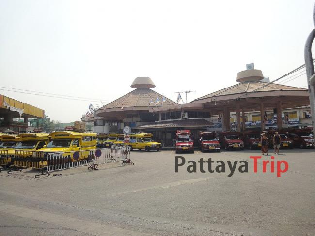 Chang Phuak Bus Station