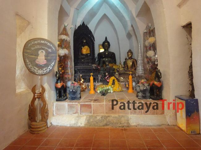 Wat Prathat Pukhao - старый храм