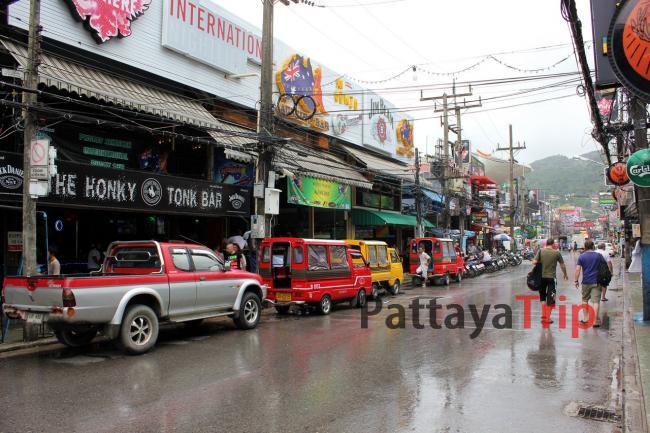 Пхукет - фото девной Бангла Роуд на Патонге