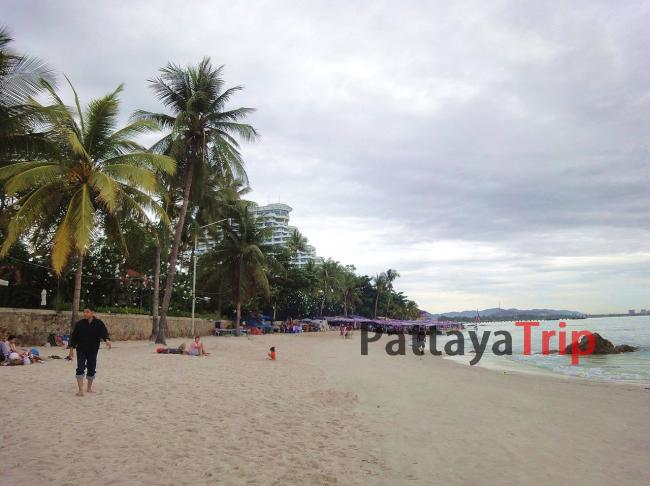 Центральная часть пляжа