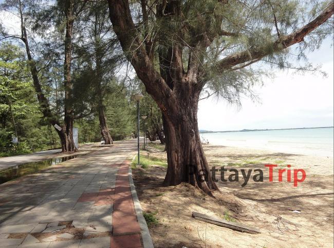 Пляж Банг Сак в Као Лак