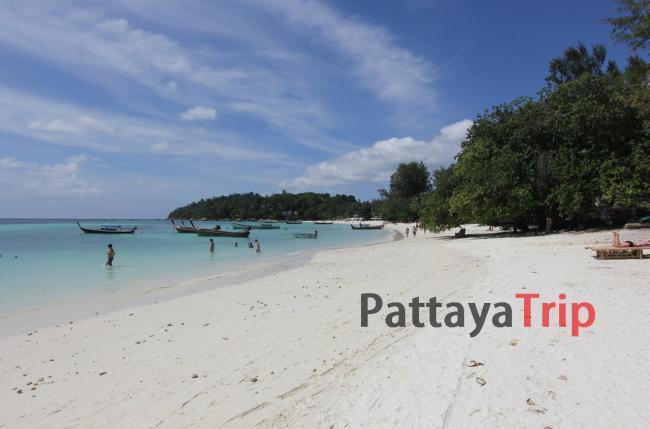 Пляж Паттайя на Ко Липе