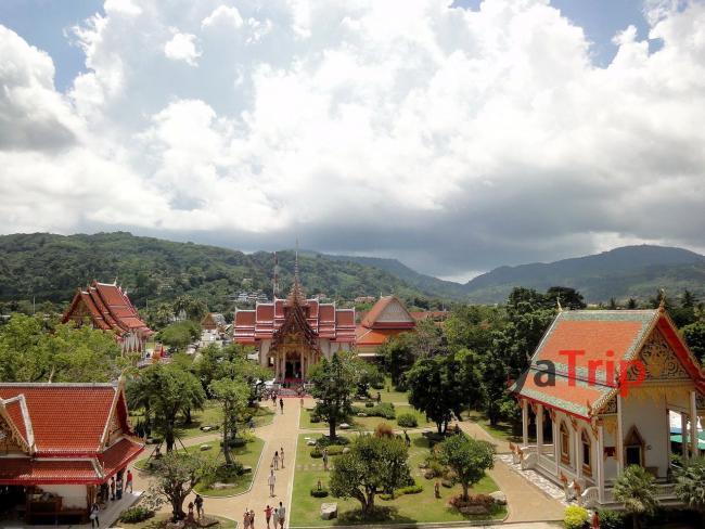 Храмовый комплекс Wat Chalong на Пхукете