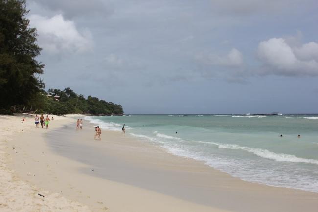 Пляж Лонг Бич на острове Пхи Пхи Дон