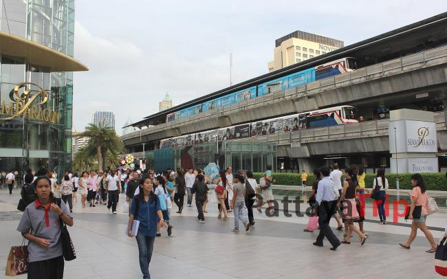 Так одевается местное население в Тайланде