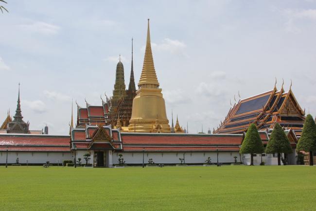 На территории Королевского дворца в Бангкоке