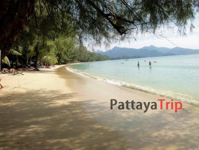 Пляж Chai Chet на острове Ко Чанг (Тайланд)