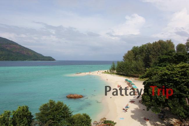Смотровая площадка от отеля Mountain Beach на острове Ко Липе (Тайланд)