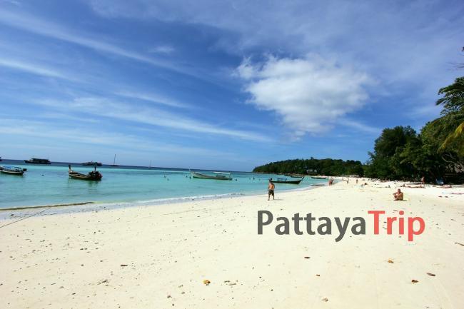 Пляж Pattaya Beach на острове Ко Липе (Тайланд)