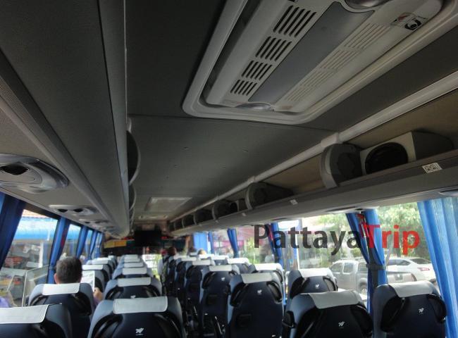 Автобус в Таиланде 1-ого класса